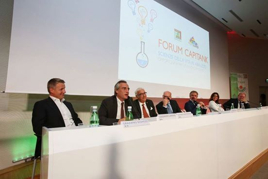 Presentazione del Centro di ricerca per la vista presso Expo di Milano (29 agosto 2015)