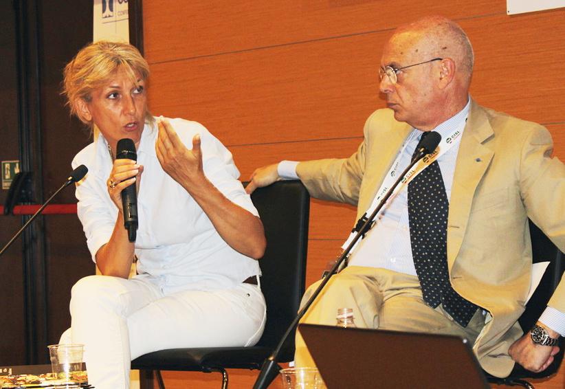 La dott.ssa Anna Villarini e il prof. Francesco Bandello