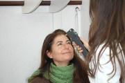 Misurazione della pressione oculare (tonometria): se troppo alta è di solito associata al glaucoma