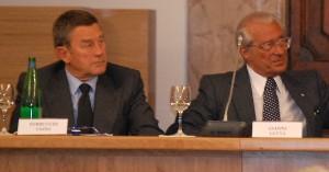 Prof. Mario Stirpe (a destra) e il Ministro della Salute Ferruccio Fazio
