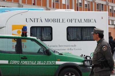 Anche il Corpo Forestale dello Stato ha dato il suo contributo con unUnità mobile oftalmica di 60 mq
