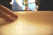 Libro tradizionale in braille