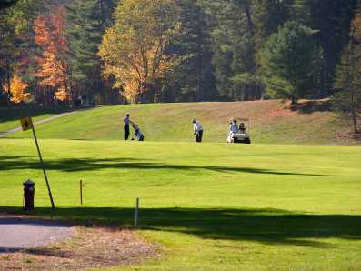 Campo da golf: praticare sport regolarmente fa bene alla salute (Fonte: freephotobank)