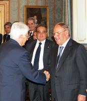 Incontro al Quirinale: stretta di mano tra Segretario Generale Donato Marra e lavv. Giuseppe Castronovo, presidente della IAPB Italia onlus