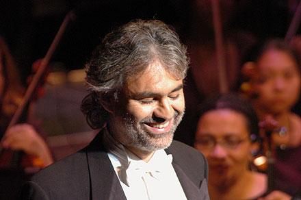 Il tenore cieco Andrea Bocelli