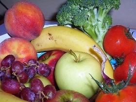 Frutta colorata e verdura giovano alla vista