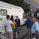 Controlli oculistici gratuiti a bordo di una Unità mobile oftalmica della IAPB Italia onlus presso lo stand della Regione Puglia (Bari, 19-20 settembre 2015)