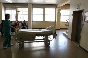 ospedale e barella