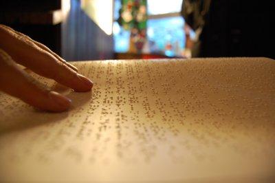 Libro in Braille (zoom): il 21 febbraio si è celebrata la seconda Giornata nazionale del Braille (istituita con legge 3-8-2007)