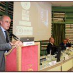 Il Sen. Lucio Romano, componente della Commissione Igiene e Sanità, interviene alla conferenza organizzata dalla IAPB Italia onlus per la Giornata mondiale della vista (10 ottobre 2013, Biblioteca G. Spadolini, Sala Atti Parlamentari)