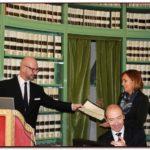 A Denise Giacomini del Ministero della Salute è stata conferita una Medaglia di Benemerenza accompagnata da una pergamena in occasione della Giornata mondiale della vista (Sala degli Atti Parlamentari, Biblioteca G. Spadolini, Senato, 10 ottobre 2013)