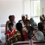 Sala di attesa di ospedale oculistico nelle vicinanze di Hyderabad (India centrale)