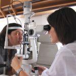 Controllo oculistico gratuito in una Unità mobile oftalmica della Agenzia internazionale per la prevenzione della cecità-IAPB Italia onlus (Roma, 14-17 giugno 2011)
