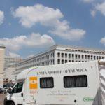 Unità mobile oftalmica della IAPB Italia onlus in piazza Kennedy, presso il Sanit (Roma, 14-17 giugno 2011), con check-up oculistici gratuiti