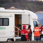 10 aprile 2009: Emergenza terremoto in Abruzzo. Unità mobile oftalmica dell'Agenzia internazionale per la prevenzione della cecità-IAPB Italia onlus all'Aquila presso l'ospedale da campo (parcheggio S. Salvatore)
