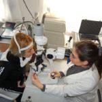 Controllo oculistico gratuito nel camper oftalmico della IAPB Italia onlus. Roma Trastevere, 23 febbraio 2010