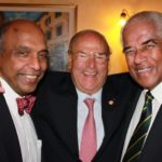 Al centro il Presidente della IAPB Italia onlus Giuseppe Castronovo. A sinistra Gullapalli Nag Rao, già presidente della IAPB mondiale e ora Presidente del LV Prasad Eye Institute, India