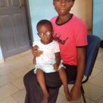 togo-madre_e_figlio-occhiali.jpg