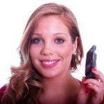 telefono-cellulare-donna_sorridente-courtesy_freedigitalphotos-web.jpg